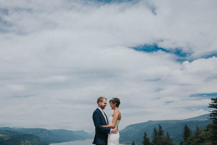 Bridal-Veil-Lakes-Oregon-Wedding014