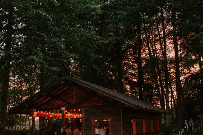 Bridal-Veil-Lakes-Oregon-Wedding113