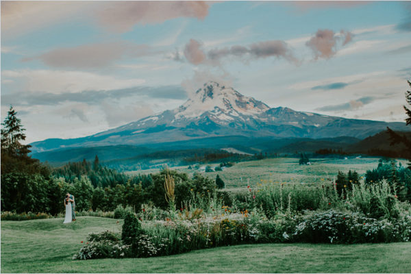 Monika + Dalton {Mt. Hood Organic Farms} | Portland Wedding Photographer